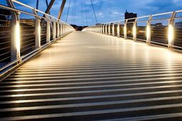 City-footbridge-lights